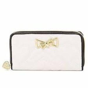 Betsey Johnson Chevron Heart Quilt Zip Wallet